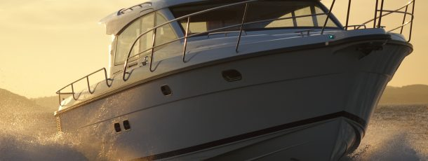 How to care for and maintain the paint for your boat
